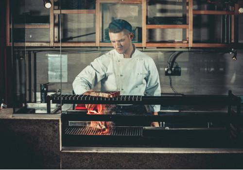 SERVIO POS Order Monitor – двухсторонняя связь между поваром и официантом